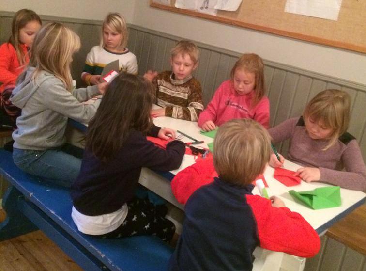 Hållbara julgåvor som tema i klubbarna på Kimitoön