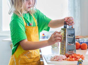 Hundratals barn deltar i sommarens matskolor featured image